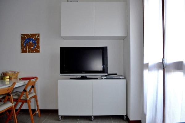 Soggiorno Angolo Tv: Pareti attrezzate e librerie NAPOL ARREDAMENTI BLOG.